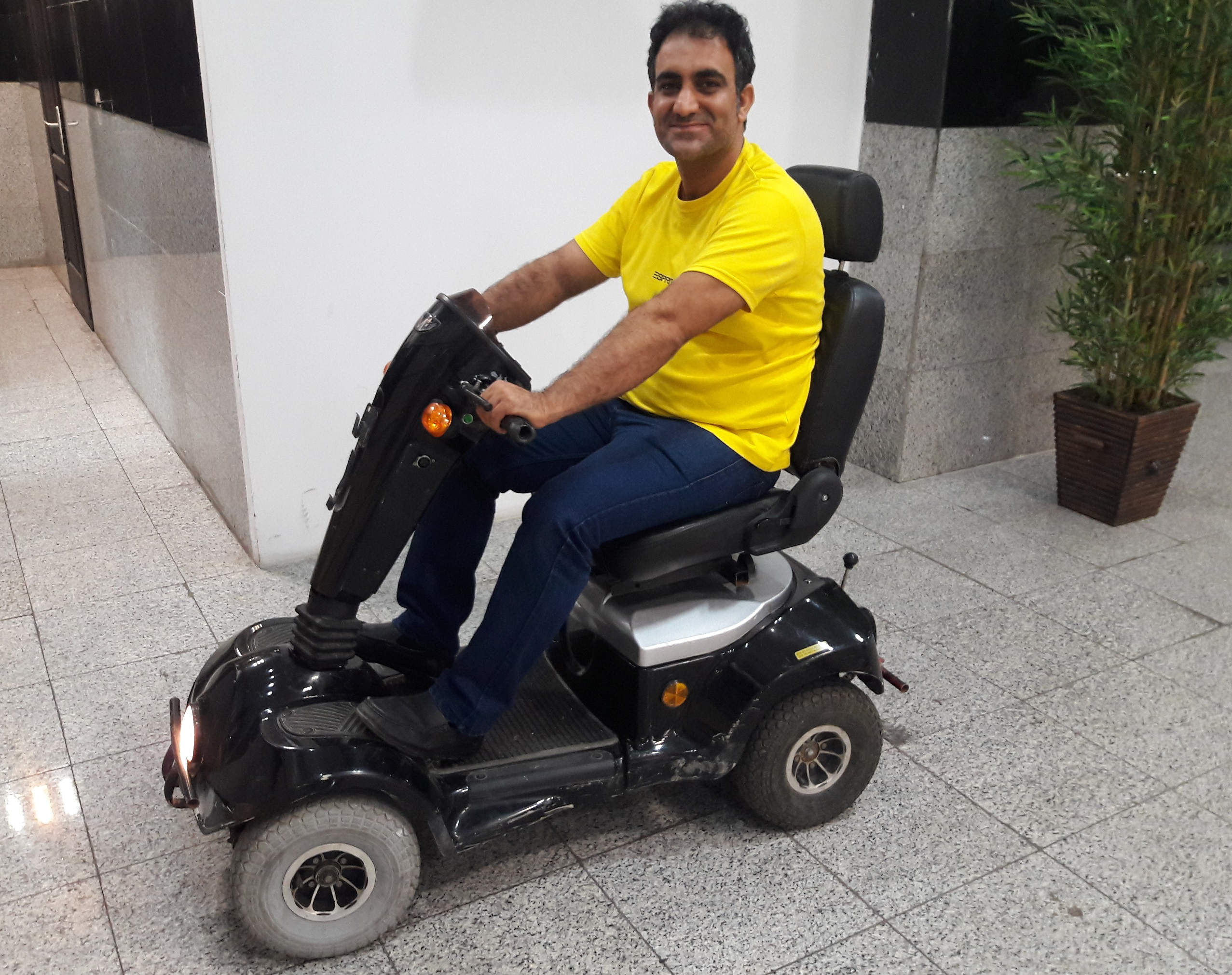 Accute Driver Scooter